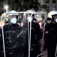 Karlskirche Wien Gewalt gegen die Polizei